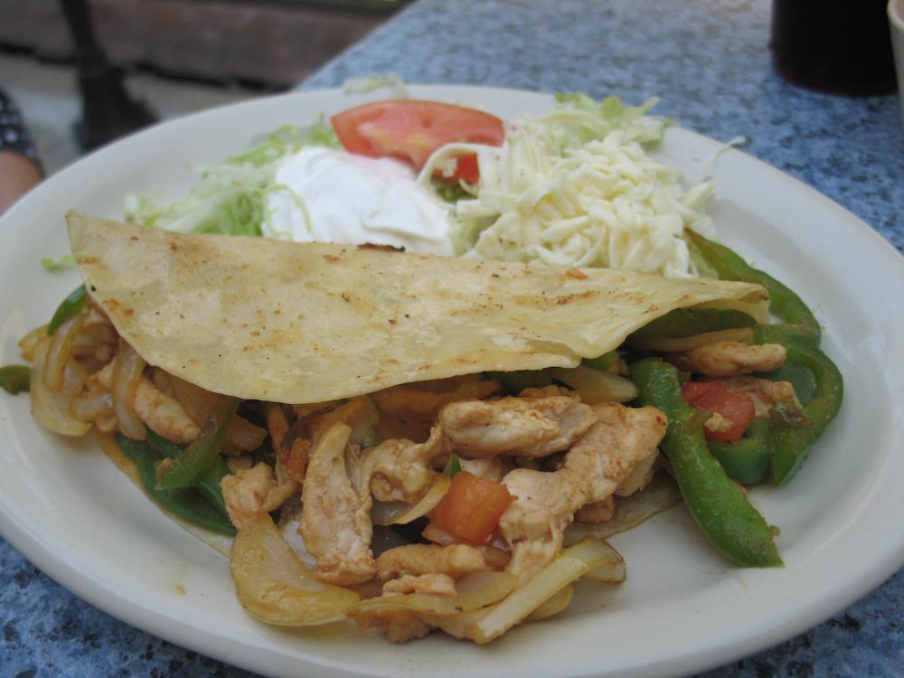 chicken fajita quesadillas - group picture, image by tag ...