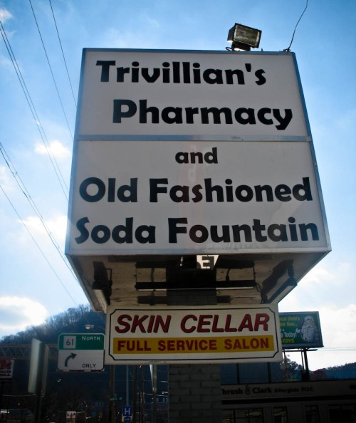 trivillians-sign