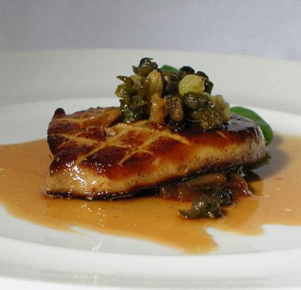 http://forkyou.files.wordpress.com/2009/02/foie-gras-dish1.jpg